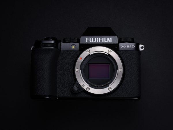 FUJIFILM X-S10_key visual 02